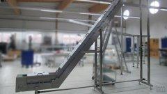 Gurtförderband KF80 geknickte Ausführung aus Edelstahl