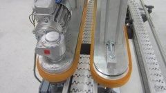 Kettenförderer mit Klemmgurteinheit