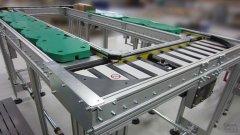 Rollenbahn angetrieben mit WT-Palette